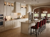 kraftmaid-canvas-on-maple-creates-a-clean-and-luxurious-look