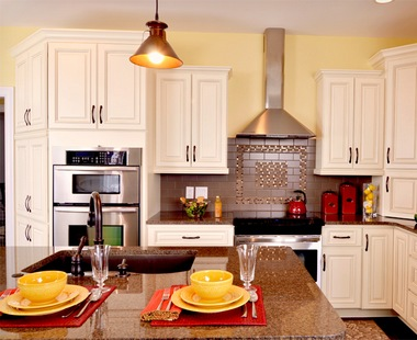 Woodstar Kitchen Cabinets · RiverRun Kitchen Cabinets