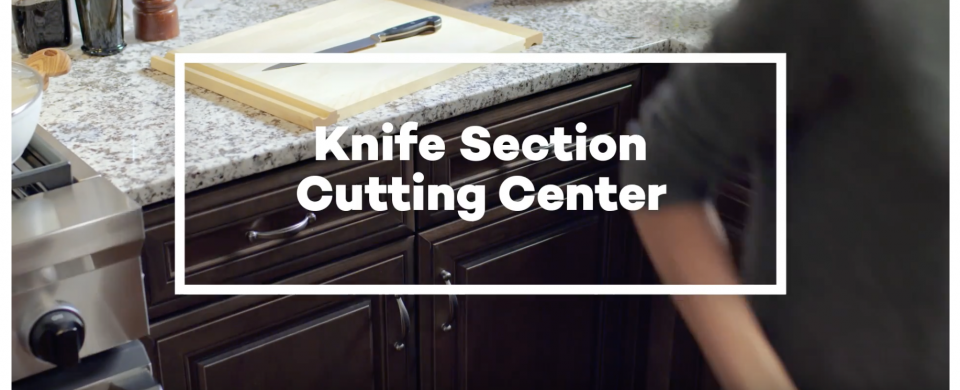 KraftMaid® Knife Section Cutting Center